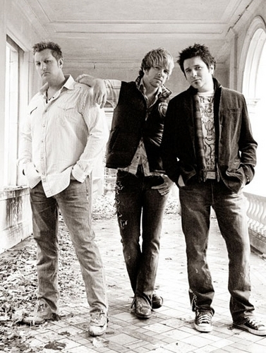 Rascal Flatts Unstoppable picha shoot