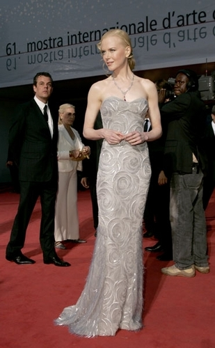 Nicole Kidman wallpaper called Stylish Nicole