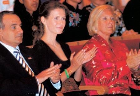 Asma Al Assad - Página 9 Asma-first-lady-asma-12159543-450-310