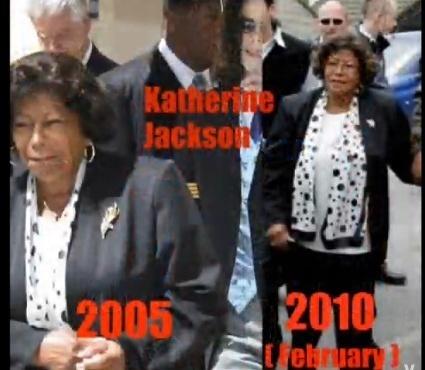 Los Jackson se visten de Hoax Clothes-flights-holograms-and-more-mj-death-hoax-12154974-425-370
