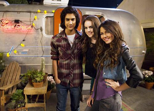 1x05- Jade Dumps Beck- Stills *HQ*