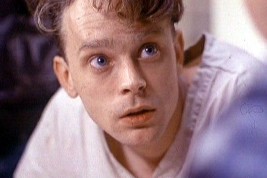 Brad-Dourif-as-Billy-Bibbit-one-flew-over-the-cuckoo-E2-80-99s-nest-12279891-524-350.jpg