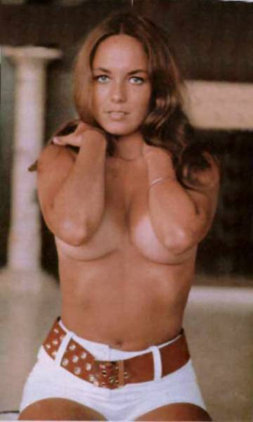 Barbara bach tits — photo 2