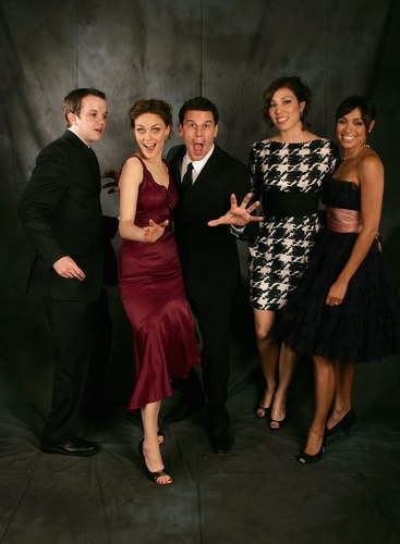 Eric Millegan with Emily Deschanel, David Boreanaz, Michaela Conlin, and Tamara Taylor