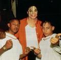 MJJ is STILL Yummy! :) - michael-jackson photo