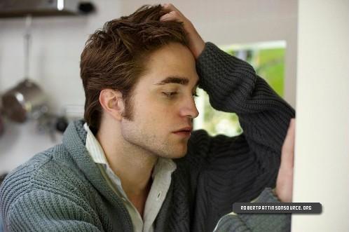 New Photoshoot Pics Of Robert Pattinson