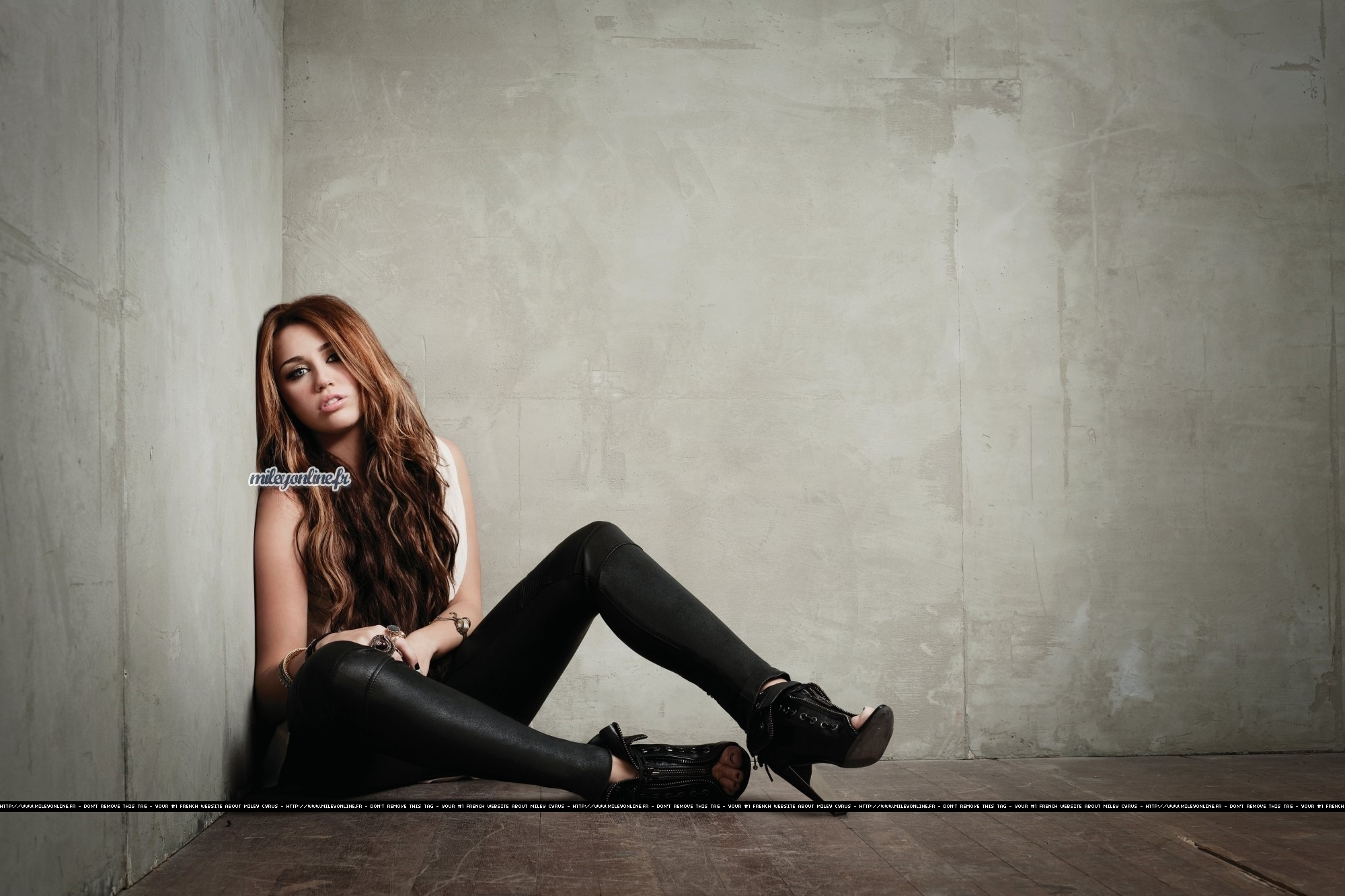 New pictures from 'Can't Be Tamed' - miley-cyrus photo