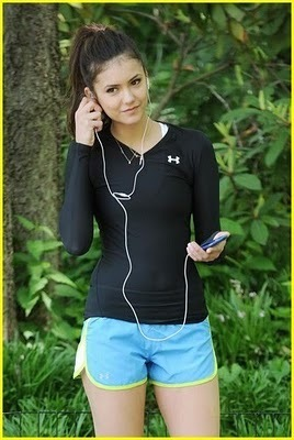 Nina Dobrev Workout