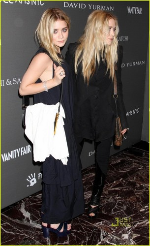 Olsen Twins: FREE ARTS!