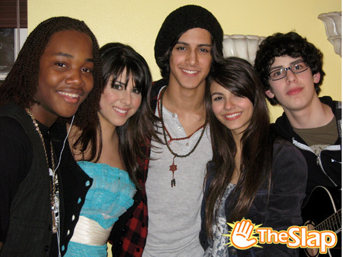 On the Set of 'Victorious'