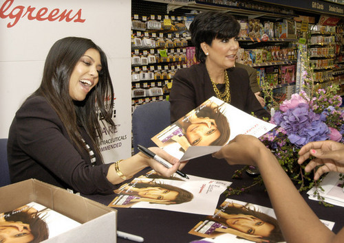 Rejuvicare Launches with Kourtney Kardashian & Kris Jenner in Chicago (May 13th)
