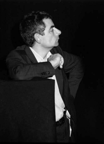 Rowan Atkinson wolpeyper titled Rowan