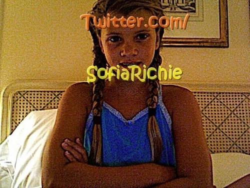 The REAL sofia richie on twitter :D