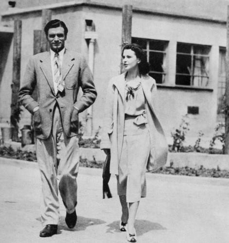 Vivien Leigh wallpaper titled Vivien Leigh and Laurence Olivier
