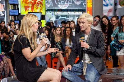 Appearances > 2009 > Promoting HBP at MTV Canada