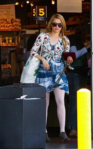 Dianna Agron: Glee-ful Shopper