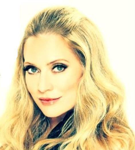 emily procter and pippa. Emily Procter