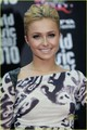 Hayden Panettiere: World muziki Awards Co-Host!