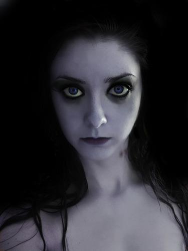 el diario de los vampiros fondo de pantalla titled Hot Vampire Girl