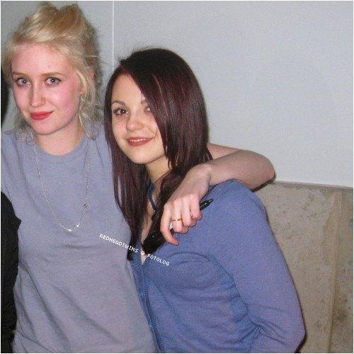 Lily & Kat at matter (02 arena)