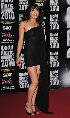 Michelle hosting World muziki Awards in Monaco (May 18,2010)