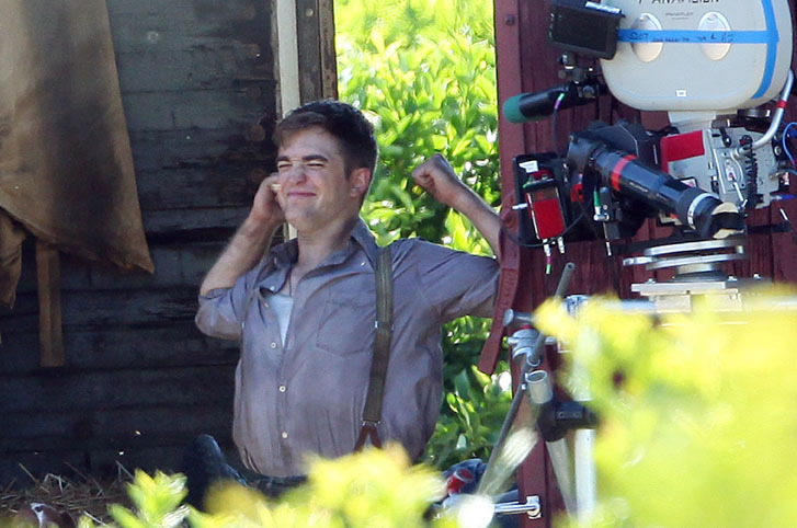 """More """"Water For Elephants"""" Set Pics"""