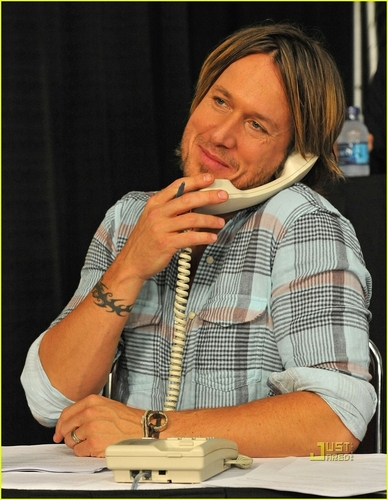 Music City Keep on Playin' benefit in Nashville - keith-urban Photo