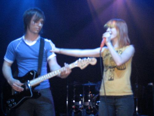 প্যারামোর live 2007