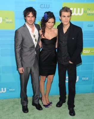 http://images2.fanpop.com/image/photos/12300000/Paul-The-CW-Network-UpFront_May-20th-2010-the-vampire-diaries-tv-show-12359809-316-400.jpg
