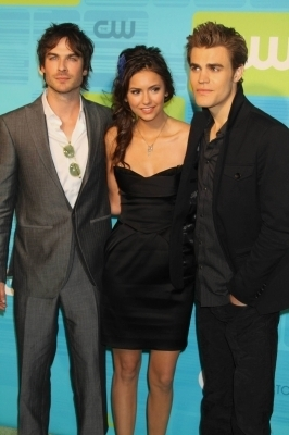 http://images2.fanpop.com/image/photos/12300000/Paul-The-CW-Network-UpFront_May-20th-2010-the-vampire-diaries-tv-show-12359817-266-400.jpg
