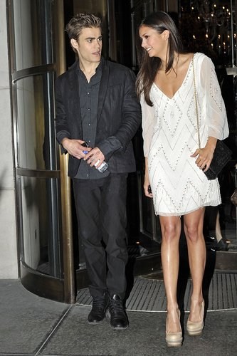 Paul Wesley and Nina Dobrev پیپر وال entitled Paul and Nina leaving their hotel in NYC 19th May