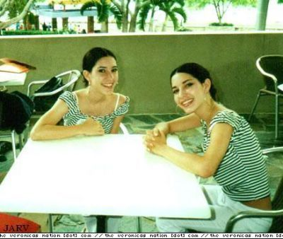 mga litrato of The Veronicas younger
