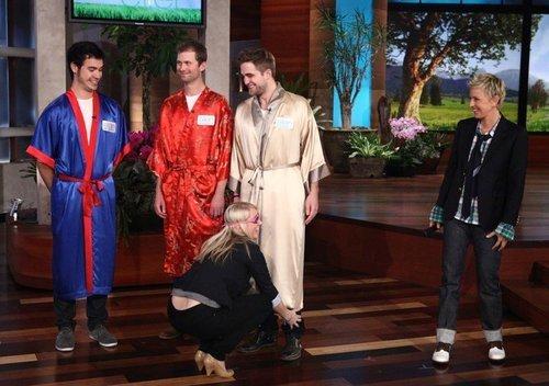 Robert Pattinson on The Ellen Показать
