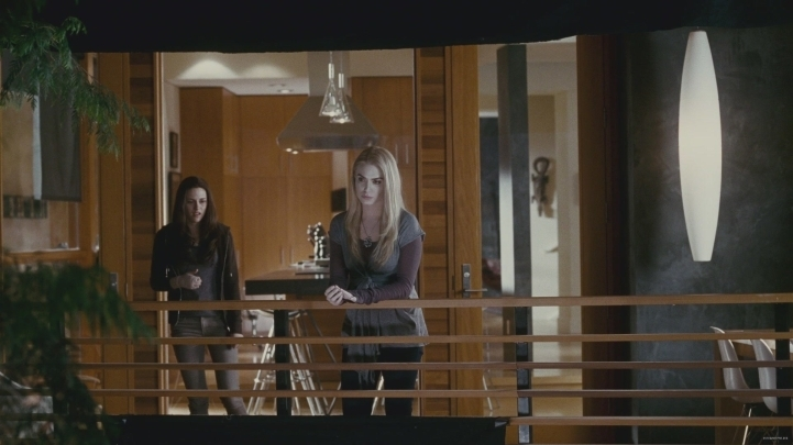 Rosalie and bella