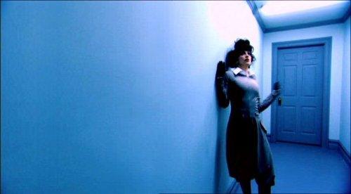 The Hallway द्वारा Steven Klein