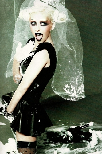 Xtina Out Magazine Photoshoot! (Closer Up No Words!)