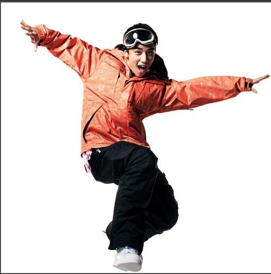 http://images2.fanpop.com/image/photos/12300000/bigbang-big-bang-12383819-552-557.jpg