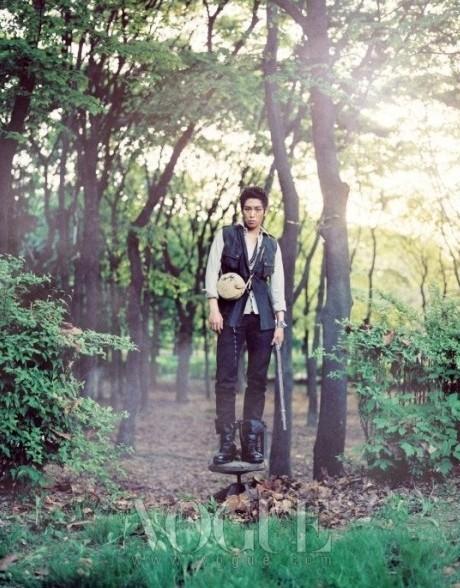 http://images2.fanpop.com/image/photos/12300000/bigbang-big-bang-12383838-460-588.jpg