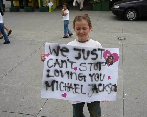* MICHAEL JACKSON'S ADORABLE fan *