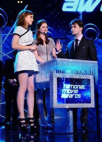 Emma Watson kertas dinding called 2010: National Movie Awards HQ