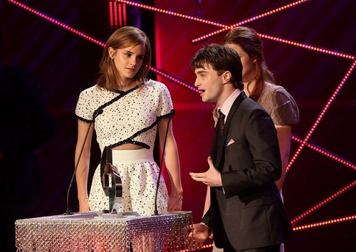 Emma Watson wolpeyper titled 2010: National Movie Awards HQ
