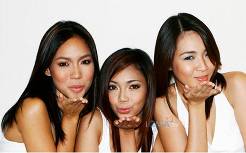 3 Filipina girls