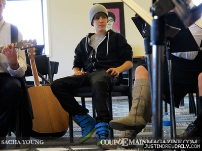 Appearances > 2010 > 일 With CoupDeMain Magazine; (April 28th)