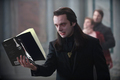 Aro reading Breaking Dawn