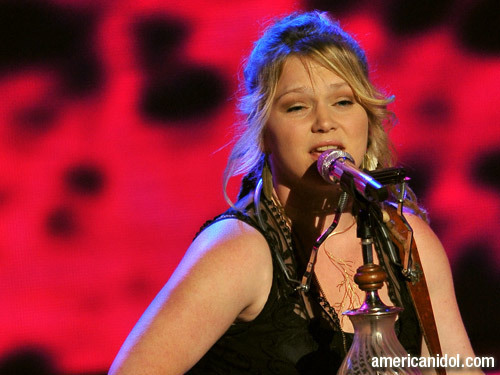 "Crystal Bowersox Singing ""Come To My Window"""
