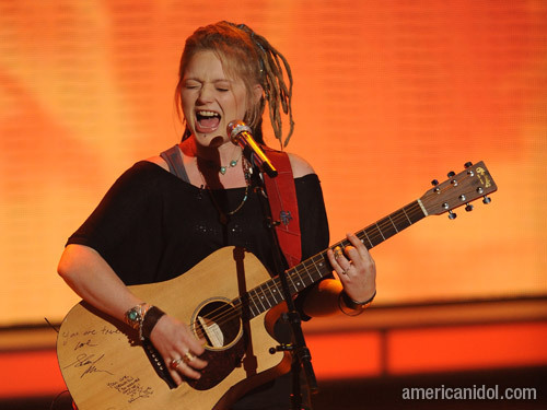 "Crystal Bowersox singing ""Come Together"""