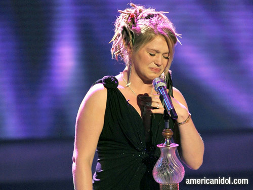 """Crystal Bowersox singing """"People Get Ready"""""""