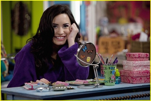 Demi Lovato and Sterling Knight:Date Night in Sonny With A Chance
