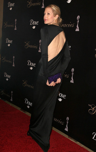 Kelly@Alliance For Women In Media's 2010 Gracies Awards (May 25th)