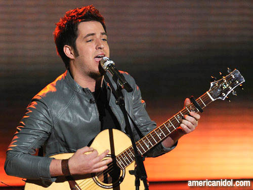 "Lee DeWyze singing ""Beast of Burden"""